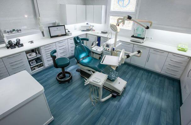 La Clínica Dental Padrós a Barcelona utilitza les millors tecnologies al servei dels seus pacients