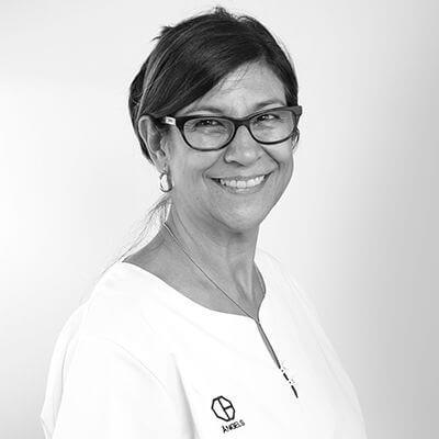 Àngles Mas. Clínica Dental Padrós Paral·lel, el teu dentista a Barcelona
