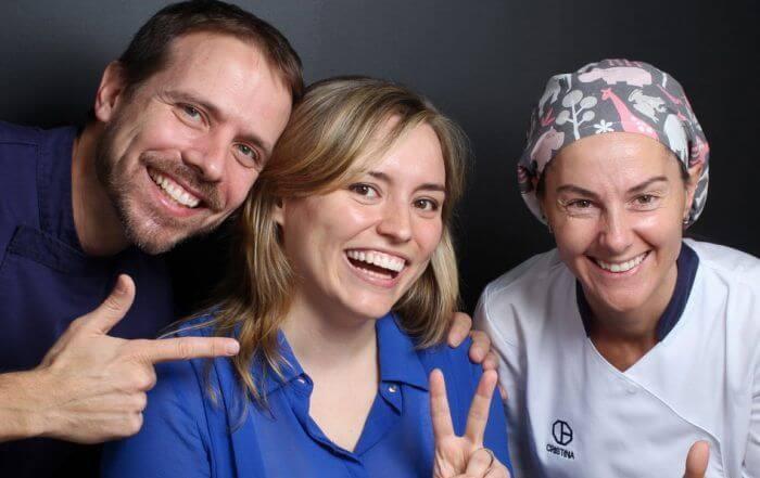 Després del tractament de carilles de compòsit amb l'equip mèdic