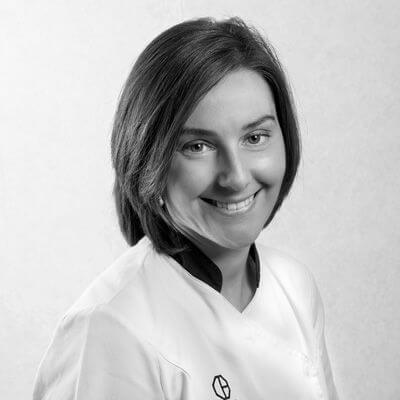 Cristina Martínez. Clínica Dental Padrós Paral·lel, el teu dentista a Barcelona