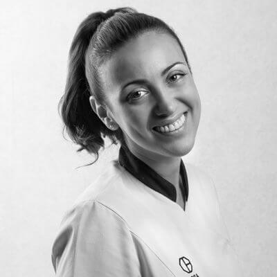 Rosa Avellaneda. Clínica Dental Padrós Paral·lel, el teu dentista a Barcelona