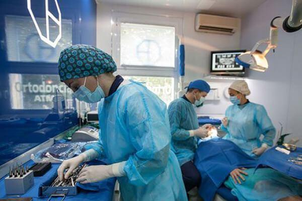 Clínica Dental Padrós a Barcelona utilitza les últimes tècniques i materials