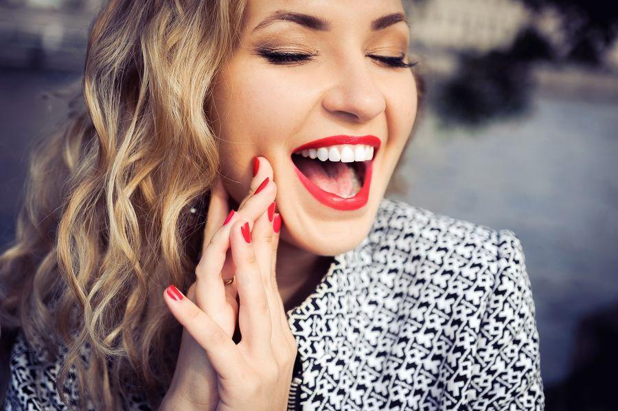 Si sofreixes de desgast dental, en clínica dental Padrós disposem del tractament de dents desgastades. La teva clínica dental a Barcelona
